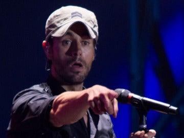 Enrique Iglesias en su concierto en Santander