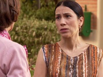 Manolita se entera que Alba está embarazada