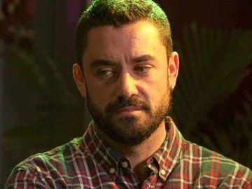 Fernando, al límite de la explosión, se muestra celoso ante Rafa y Luis