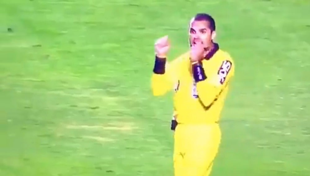 Ricardo Marques Ribeiro durante el partido