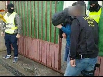 La Guardia Civil detiene en Vizcaya a un marroquí de 22 años por difundir propaganda yihadista en Internet