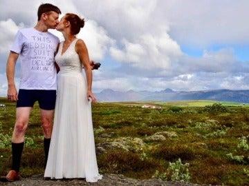 Hombre que se casó en calzoncillos