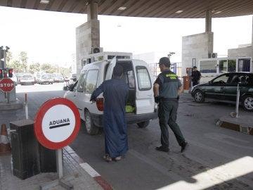 Frontera de Beni-Enzar que separa Melilla de Marruecos