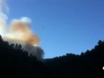 Un incendio forestal en el municipio albaceteño de Yeste obliga a evacuar un campamento infantil