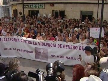 """El exmarido de Juana iniciará acciones legales contra ella por el """"secuestro"""" de sus hijos"""