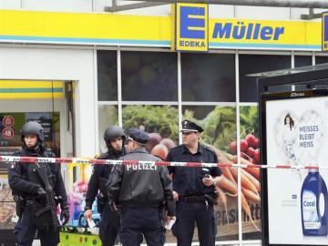 El supermercado de Hamburgo donde una persona ha muerto y varias han resultado heridas tras un ataque con cuchillo
