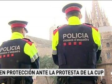 """Zoido critica la protesta convocada por la CUP contra la Guardia Civil: """"No se puede intimidar a quienes nos protegen"""""""