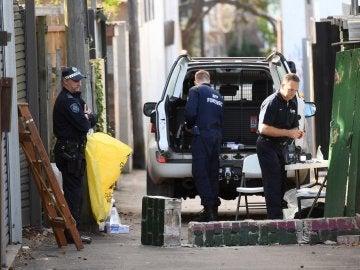 Policía australiana tras la detención de las cuatro personas