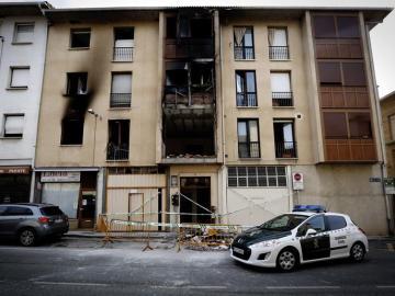 Una explosión de gas y un incendio en una vivienda en la localidad navarra de Puente la Reina