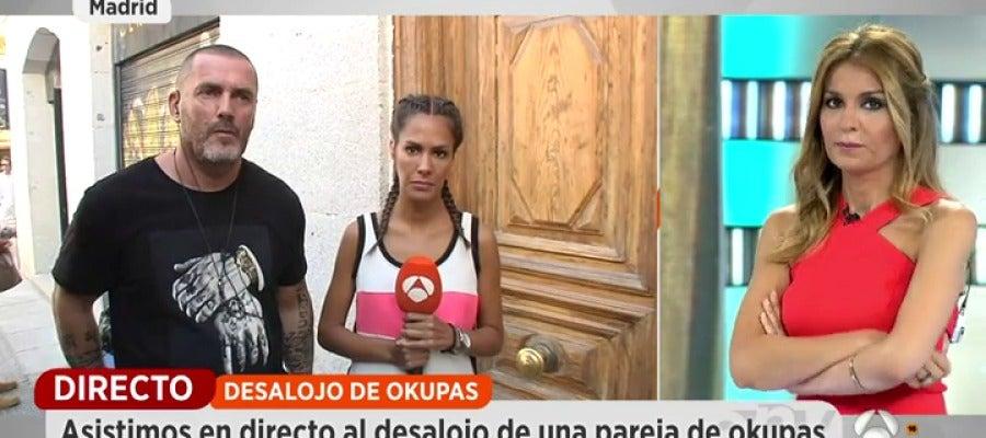 Antena 3 tv el okupa insulta y amenaza al equipo de for Ver espejo publico hoy