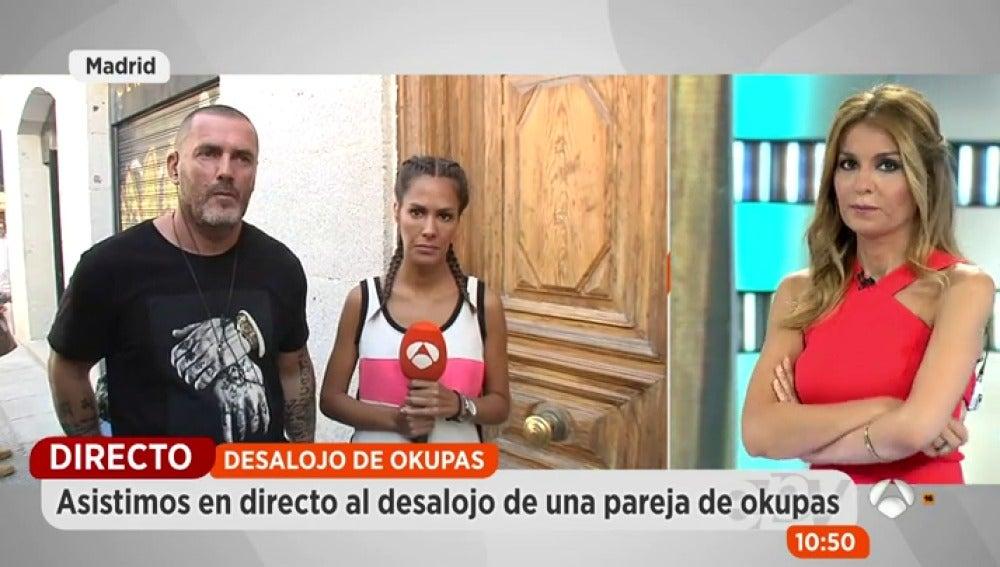 Antena 3 tv el okupa insulta y amenaza al equipo de for Espejo publico hoy completo
