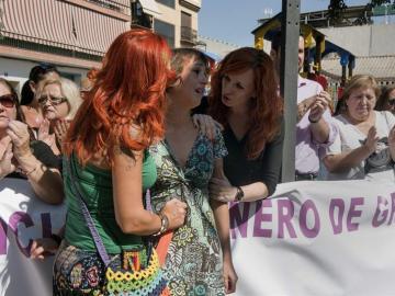 Juana Rivas, la mujer a la que un Juzgado ha obligado a devolver a sus dos hijos a su padre, denunciado por malos