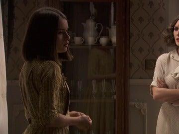 La intensa conversacion entre Beatriz y Camila