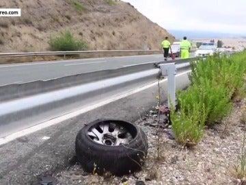 Un fallecido y ocho heridos por una colisión provocada por un coche que circulaba en sentido contrario en Treviño