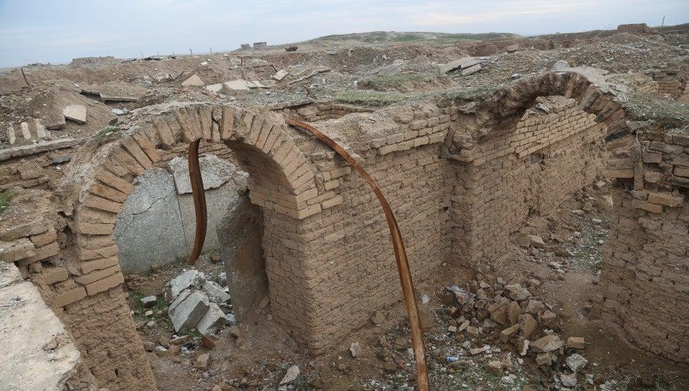 La histórica ciudad de Nimrud, convertida en ruinas