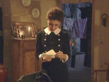 Nazaria encuentra la carta que Mauricio escribió a Fe