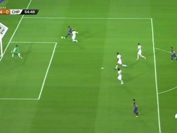 Luis Suárez marcó el cuarto gol ante el Chapecoense tras una gran pared con Messi