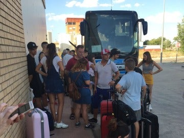 Pasajeros del autobús Madrid-Murcia