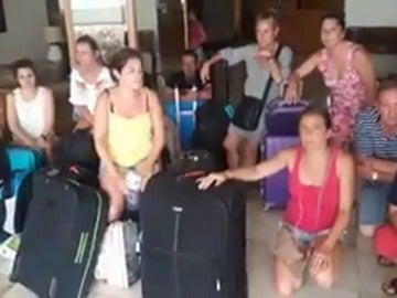 Decenas de españoles están atrapados en Madeira por culpa del mal tiempo