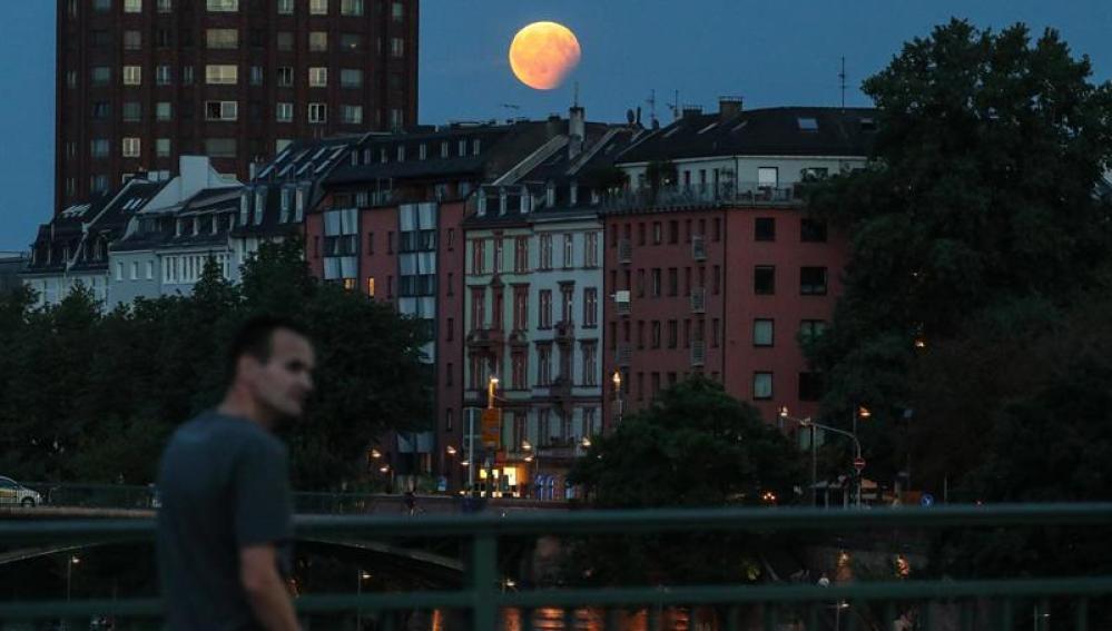 Eclipse lunar en Alemania