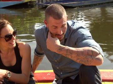 Juan le pide un beso y Zalma le rechaza