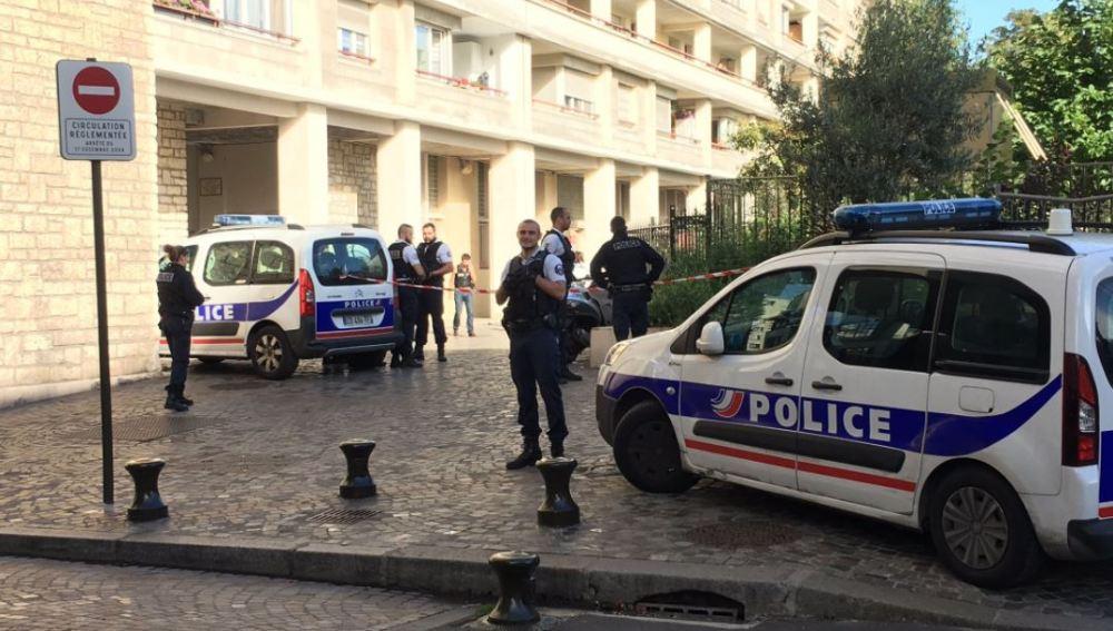Ataque a un grupo de militares en París