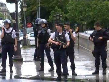 El terrorismo intenta golpear otra vez en Francia