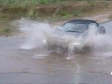 Fuertes lluvias en el norte de Alicante dejan hasta 79 litros de agua