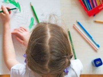 Claves para saber si tu hijo es diestro o zurdo