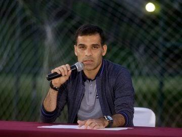 Rafa Márquez comparece ante los medios