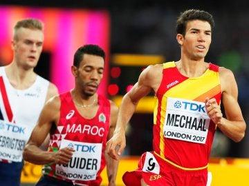Adel Mechaal corriendo la semifinal