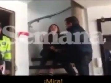 El seleccionador de Honduras agrede a su hija en un vídeo