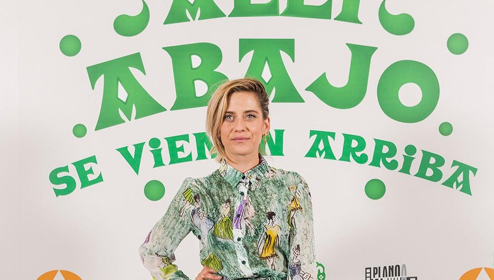 María León luce un look radiante