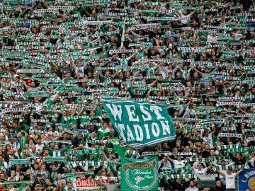 Aficionados del Rapid de Viena, durante un amistoso contra el Chelsea
