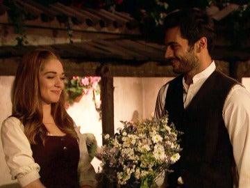 Saúl y Julieta celebran su romance