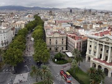 Vista desde el Monumento de Colón de Las Ramblas de Barcelona.