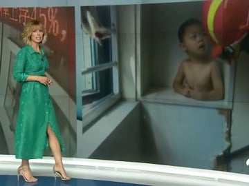 Un coche se estrella contra un edificio, un niño atrapado en un armario y una pequeña que hace reír a un presentador Británico