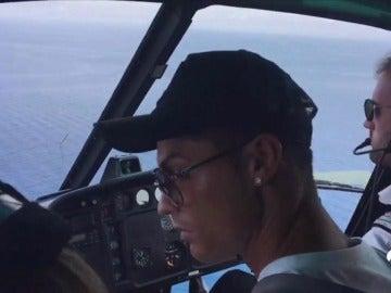 Cristiano Ronaldo del helicóptero a las bromas con Buffon: así vivió la gala el jugador