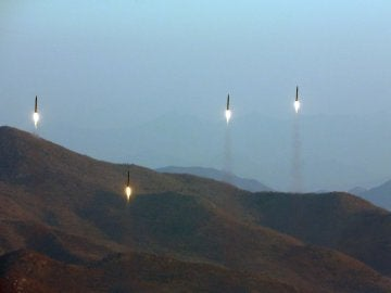 Misiles lanzados por Corea del Norte al mar de Japón