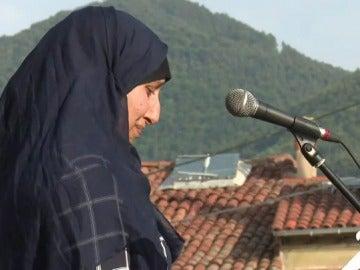 """La hermana de dos de los terroristas ha agradecido entre lágrimas """"la comprensión"""" a Ripoll y Cataluña"""