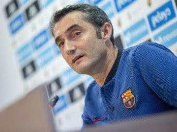Valverde durante una rueda de prensa