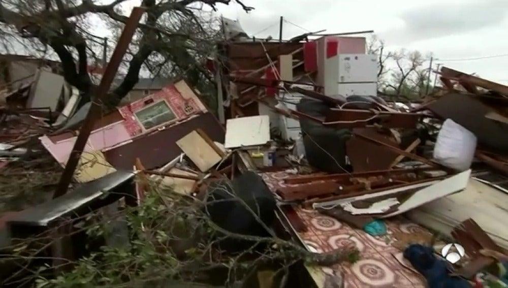 Antena 3 tv la tormenta tropical 39 harvey 39 deja cinco - La hora en el paso texas ...
