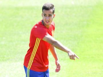 Lucas Vázquez, en un entrenamiento con la selección española de fútbol