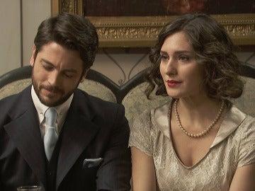 Las miradas cómplices entre Nicolás y Camila