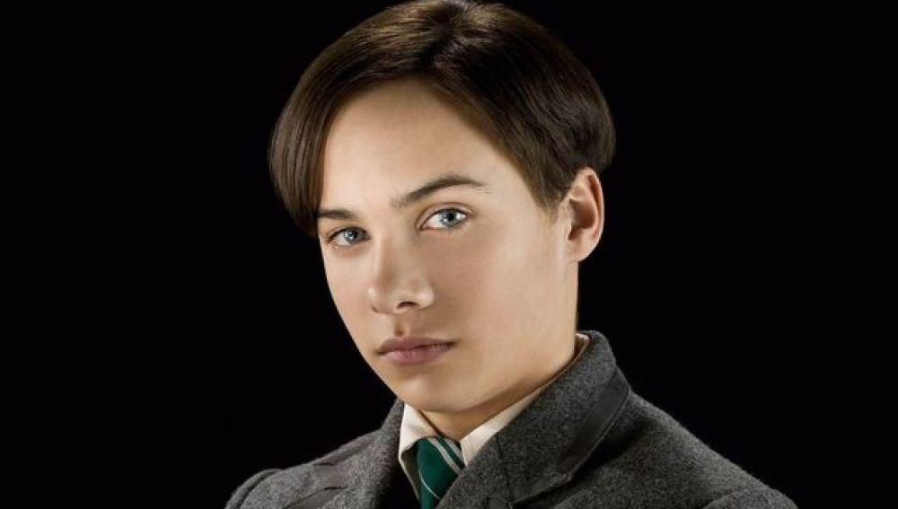 Frank Dillane fue el joven Tom Riddle