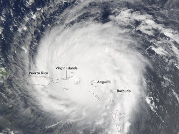 El huracán Irma alcanza Puerto Rico