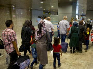 un grupo de 33 refugiados de nacionalidad siria provenientes de Líbano
