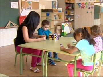 Niños en una clase de colegio