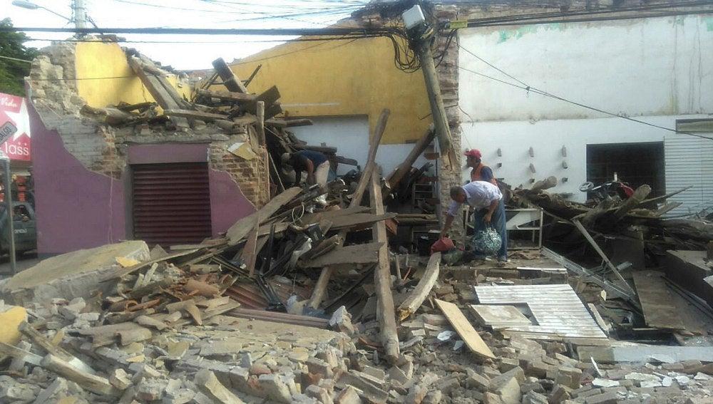 Vista general de los daños tras el fuerte sismo de magnitud 8.2
