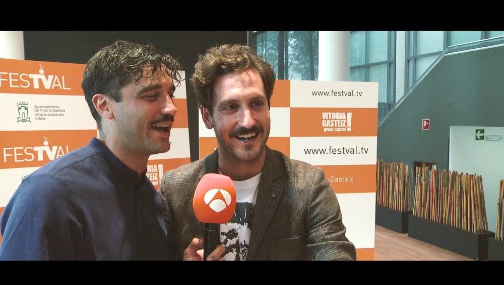 Álex García y Álex Gadea se desmelenan a ritmo de Maluma